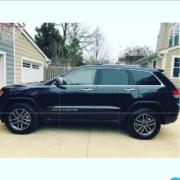 2020-jeep-grand-cherokee-limited-black-auto-concierge-near-me-alexandria-virginia-car-broker-drive-way